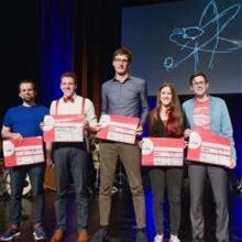 Q-Science Slam 2020: Quantum Physics on Stage Photo: IQST/Max Kovalenko
