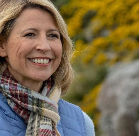 Watch every episode of Samantha Brown's Places to Love