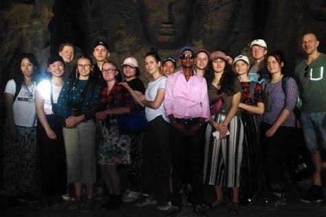 Mumbai Elephanta Caves Private Half-Day Tour including Guide
