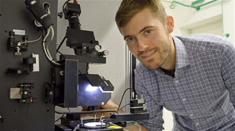 Newly discovered material property enables innovation boost in microelectronics