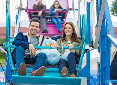 """Falling for Vermont Watch a preview for the Fall Harvest original movie, """"Falling for Vermont."""""""
