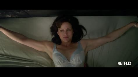 Gerald's Game -- While trying to spice up her marriage in a remote lake house, a woman must suddenly fight to survive when she is left handcuffed to a bed.