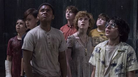 IMDb on the Scene - Interviews -- 'It Chapter Two' plays with two casts from two periods separated by 27 years, so director Andy Muschietti had to get creative with his casting to find adult actor versions of his young Losers' Club. The Muchietti and his cast sound off on who they believe are so incredible at impersonating one another that they may have to be related.