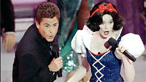 IMDbrief -- The 91st Academy Awards won't be the first host-less show in Oscars history, but it will be the first one since the infamous Snow White and Rob Lowe incident. On this IMDbrief: Can the 2019 Oscars avoid the hostless disaster of 1989?