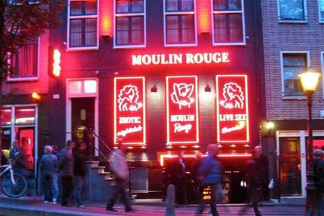 Last Chance!! Amsterdam Red Light District: Guided Night Walk and Party