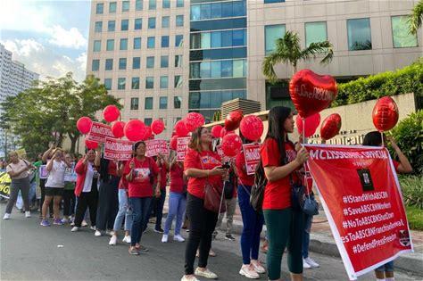 Fans of Kapamilya stars hold prayer rally for ABS-CBN franchise renewal