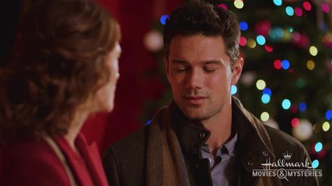 Hope at Christmas -- Sydney and her young daughter come to small town Hopewell for Christmas. There, they spend time at the local bookstore, getting to know its owner, Bea, and local teacher, Mac.