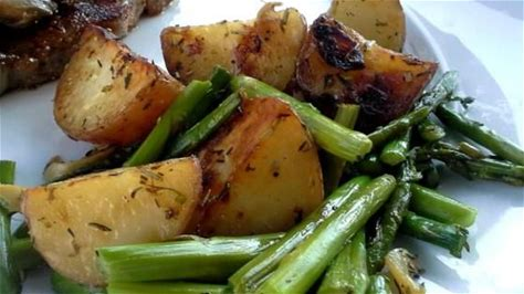 Oven Roasted Red Potatoes and Asparag