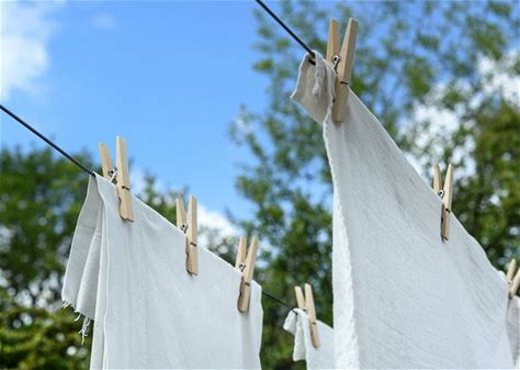 Laundry Dream Meaning: Dreams About Washing Clothes