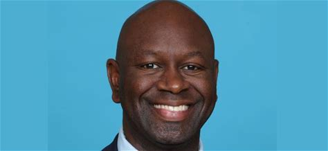 Milwaukee Bucks executive Paul Bee to deliver commencement address