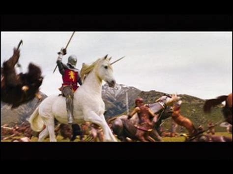 The Chronicles of Narnia: The Lion, the Witch and the Wardrobe -- Clip: Phoenix Attack, TRT: 35