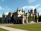 Balmoral Castle - Masquerade Wallpaper (12708425) - Fanpop
