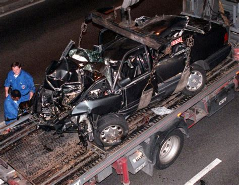 Princess Diana died in a car that was 'dangerous write-off ...