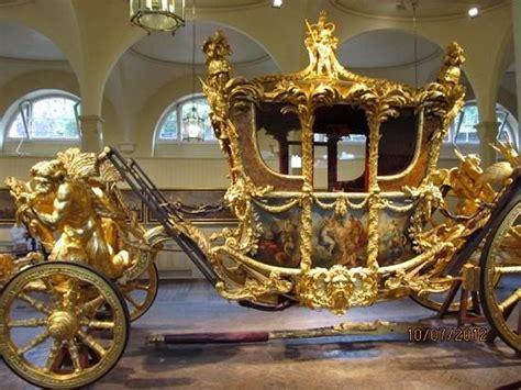Coronation Coach - Picture of Royal Mews, London - TripAdvisor
