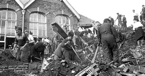 Aberfan 50th anniversary: Photos reveal full horror of ...