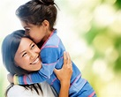 Hugging - 7 Benefits For You And Your Child (Backed By ...