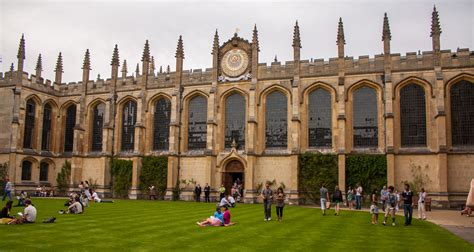 File:The Codrington Library, All Souls College, Oxford 5 ...