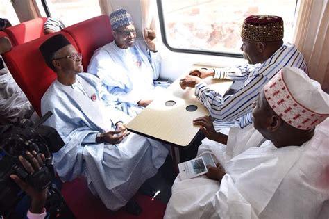 President Buhari, Ganduje, Amaechi And El-Rufai On A Train ...