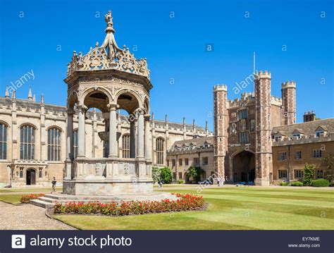 The Great Court Trinity College Cambridge University ...