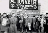 File:Bertrand Russell leads anti-nuclear march in London ...