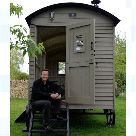 David Cameron's fight with son for £25,000 shepherd's hut ...