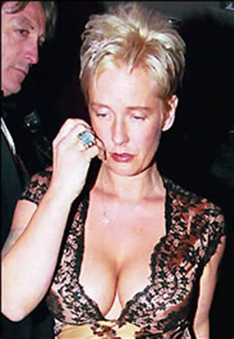 PAULA YATES TATTOOS -TATTOO PICS PHOTOS PICTURES OF HER ...