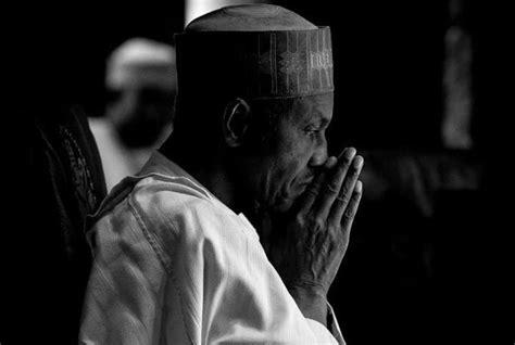 President Buhari Hides In Shame, As Goodluck Jonathan's ...
