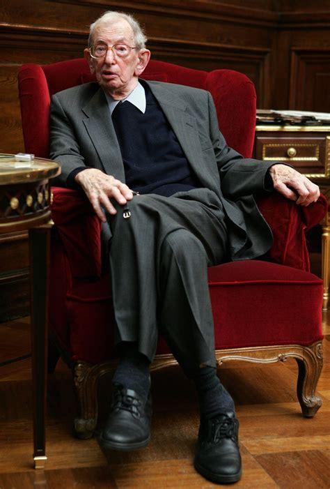 Eric Hobsbawm, British Historian, Dies at 95 - NYTimes.com
