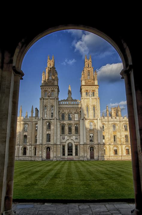 College University: All Souls College University Of Oxford