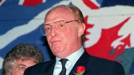 April 13, 1992: Labour leader Neil Kinnock resigns after ...