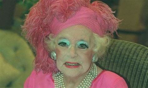 Dame Barbara Cartland's 160 'lost' novels will go to print ...