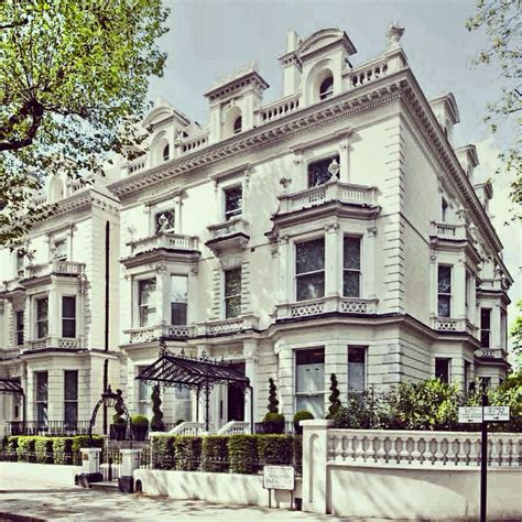 Holland Park home | Holland Park Lifestyle | Pinterest