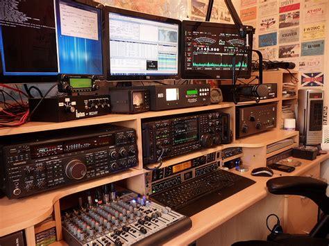 1000+ images about Ham Radio Shacks on Pinterest | Ham ...