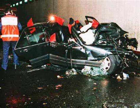 Pics For > Princess Diana Body After Crash