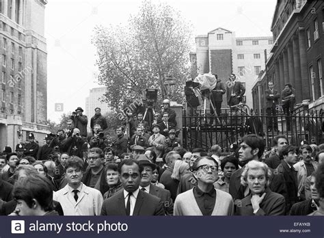 Protest against Vietnam war London October 1968 Stock ...