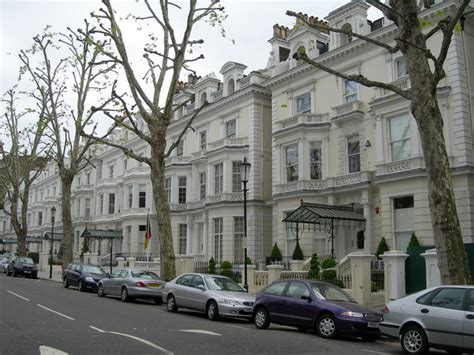 File:Houses on Holland Park, W11 - geograph.org.uk ...