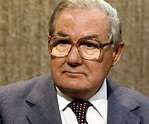 James Callaghan Biography - Childhood, Life Achievements ...