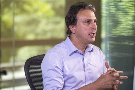 Camilo Santana anuncia reajuste salarial de 3% para ...