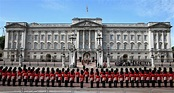 The royal property portfolio: with 775 rooms, Buckingham ...