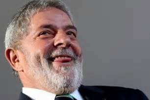 Em palestra, Lula defende descriminalização da maconha