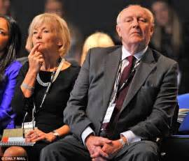 Neil Kinnock's hypocricy could help decide your EU vote ...