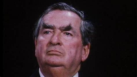 Denis Healey: Obituary of former Labour minister - BBC News