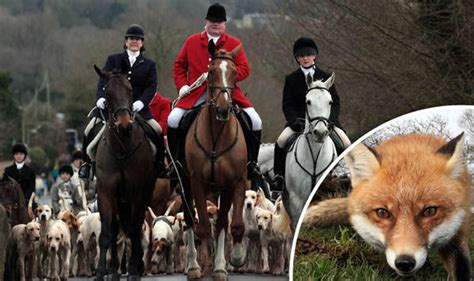 Boxing Day fox hunt supporters rode in defiance against ...