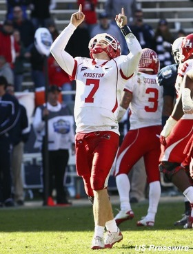 Houston squeezes every last drop from Case Keenum's arm in farewell win over Penn State