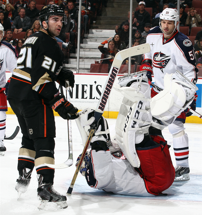 NHL Three Stars: Power outage in California now statewide
