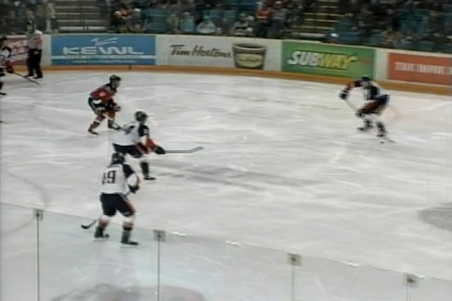Kamloops scores a goal with an unconventional powerplay formation