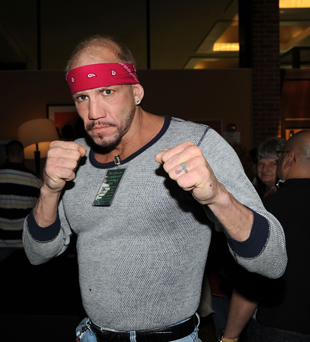 Tommy Morrison, former heavyweight champion, dies at 44