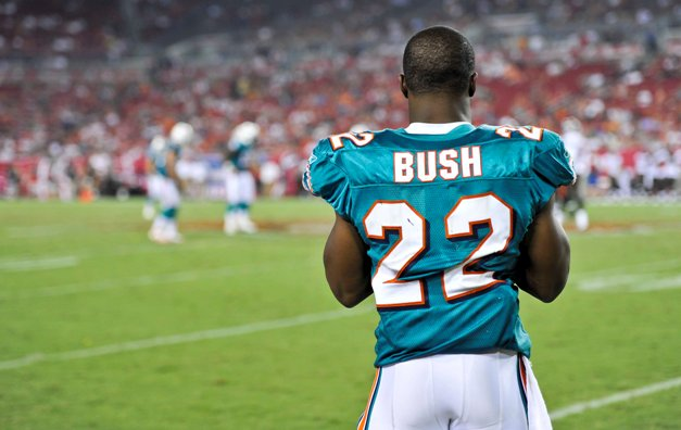 First Down: Reggie Bush is thinking like a king