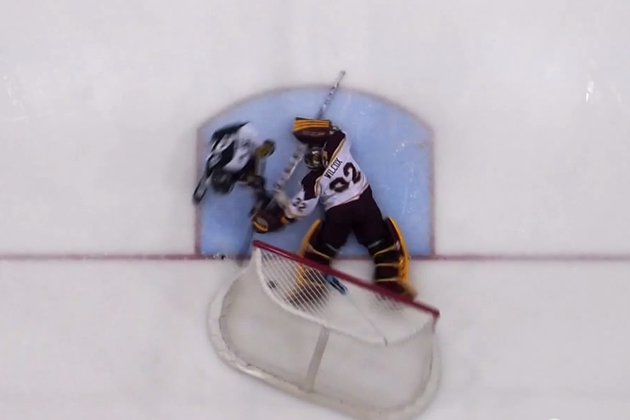 Controversy in college shootout after Minnesota goaltender kicks the net off (Video)