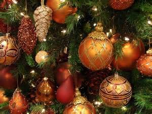 Christmas-Decorations-Baubles1.jpg